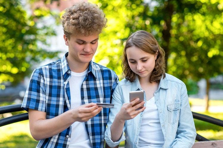 studenten creditcard: verkrijgbaar bij 4 banken (+ wat als je er